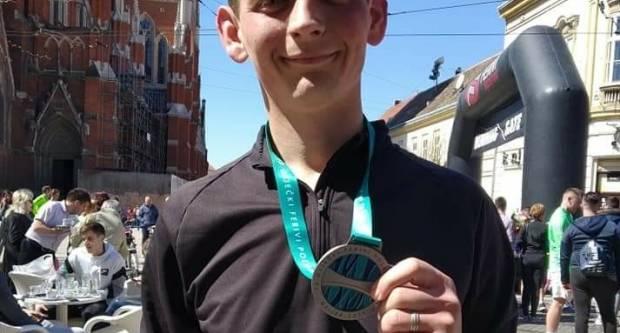 Požežani odlični na 15. osječkom Ferivi polumaratonu