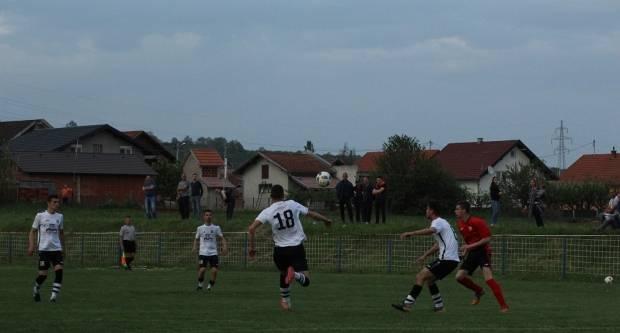 Napeta završnica četvrtfinala županjskog kupa u Bukovlju