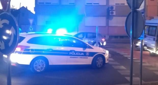 Lakše ozlijeđena vozačica u prometnoj nesreći kod Vukojevice
