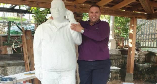 Tomo Opačak sam sebi podigao kip u prirodnoj veličini
