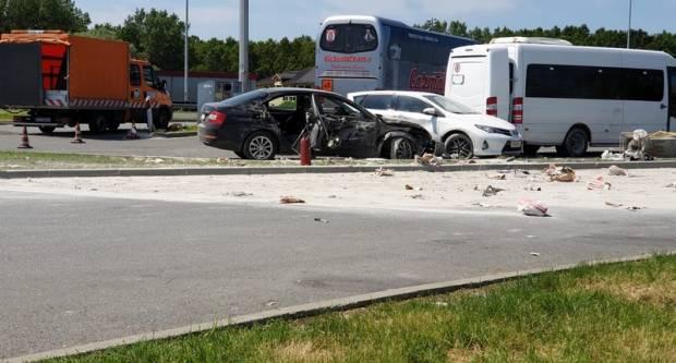 Užas na autocesti, poginulo dvoje djece, dvije mlađe ženske osobe teško ozlijeđene