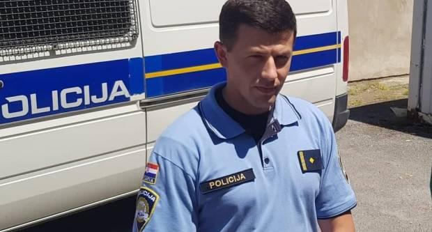 SLAVONSKI BROD - U prometnoj nesreći jedan smrtno stradao ostali teško ozlijeđeni - nitko nije koristio sigurnosni pojas