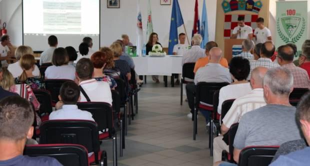 """100 GODINA NK """"HAJDUK"""" PAKRAC Promocija knjige i izložba za našeg stogodišnjaka"""