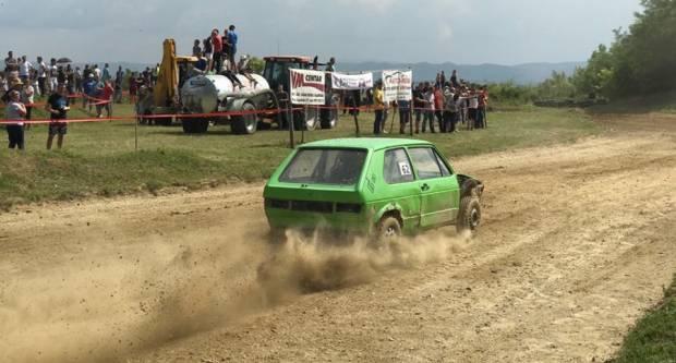 Sutra od 13 sati počinje autocross utrka na Poljanicama iznad Velike