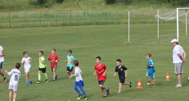 U Lipiku počela ljetna akademija nogometa