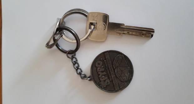 Traži se vlasnik ključa s privjeskom izgubljenog u četvrtak na području Pleternice