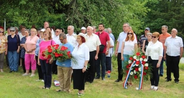 22. lipnja - Dan antifašističke borbe RH obilježili polaganjem vijenaca u Striježevici