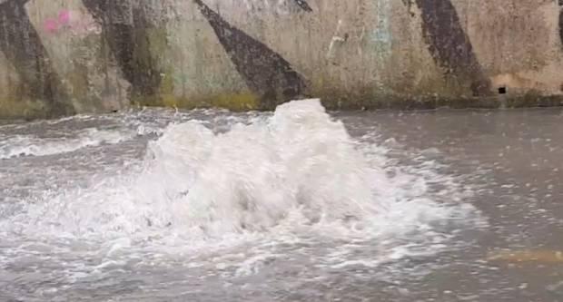 Današnje oborine bile su previše za naš vodoodvodni sustav - pogledajte video