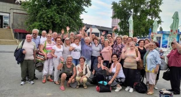 Novogradiški umirovljenici: Kroz život s osmijehom