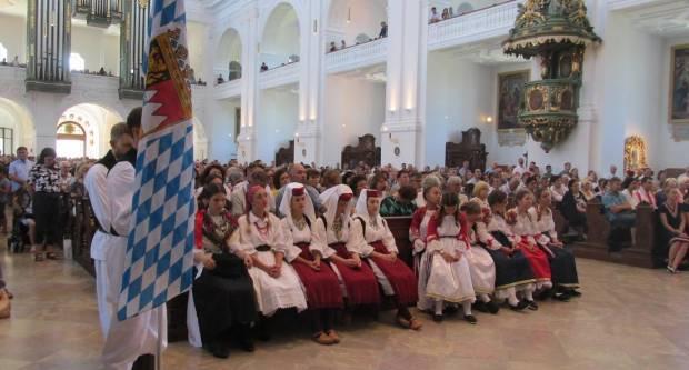 Bavarski Hrvati hodočastili u  Altotting