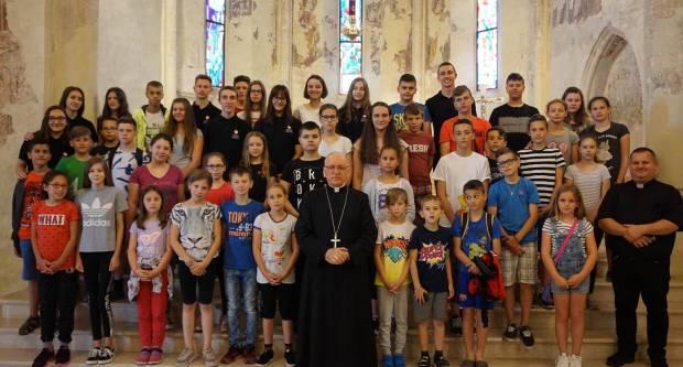 Biskup primio djecu i mlade iz virovitičke župe sv. Leopold Mandić