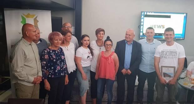 SLAVONSKI BROD - Andrea Kadić pjesmom najavila ovogodišnje dobitnike priznanja