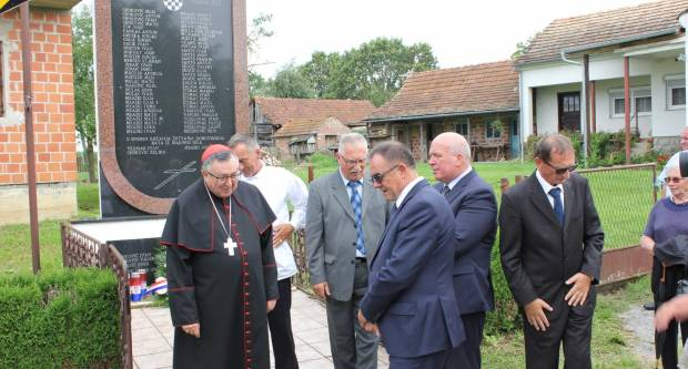 Marino selo ugostilo vrhbosanskog nadbiskupa kardinala Vinka Puljića