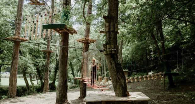 Svi željni adrenalina i dobre zabave, nemojte zaobići Adrenalinski park Duboka