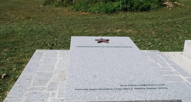 Preseljenje spomen kosturnice: Dovršeno obilježje na Gavrinici