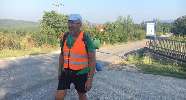 PJEŠAČIO 432 km U SPOMEN NA TOMISLAVA: Ivan Šedevi stigao u Međugorje!