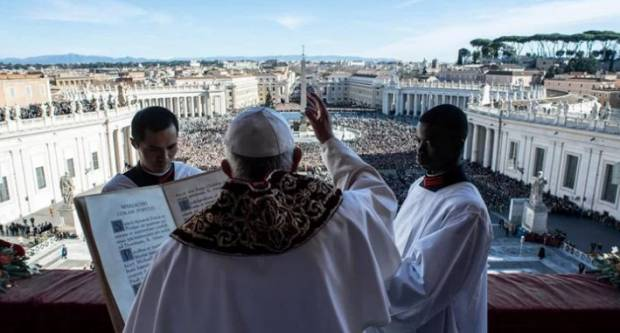Francuski novinar o Svetoj Stolici: ʺVatikan je homoseksualiziran, institucija je izgrađena na laži, dvostrukom životu, shizofreniji, licemjerju...ʺ