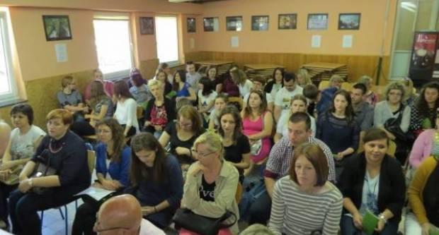 PRILIKA ZA NEZAPOSLENE- Grad Požega objavio javni poziv za pomoćnike u nastavi