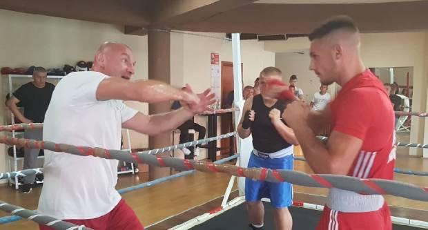 Željko Mavrović u Slavonskom Brodu priprema naše boksače za nadolazeće prvenstvo u Bugarskoj