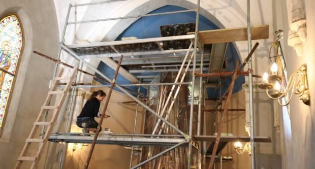 Kapelica sv. Ivana Nepomuka: Počeli radovi na oslikavanju zidova