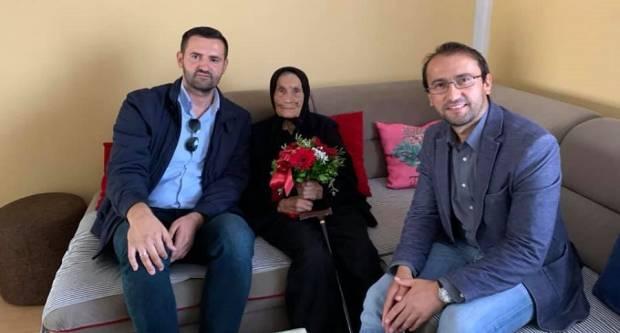 Gesta hvale vrijedna! Čelnici općine Sibinj u posjeti svojoj sumještanki na njezin stoti rođendan