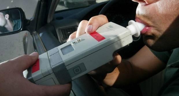 Policija će za vikend pojačano nadzirati vozače pod utjecajem alkohola i droga