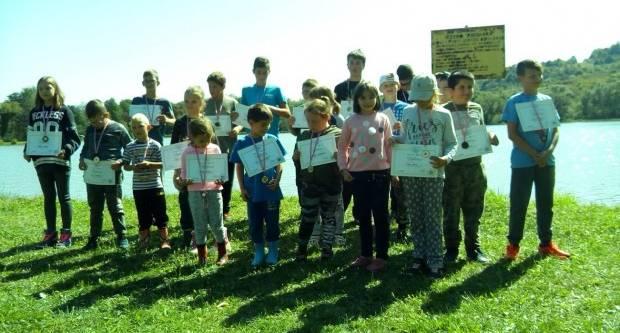 Održana jesenska škola ribolova na jezeru Pjeskara
