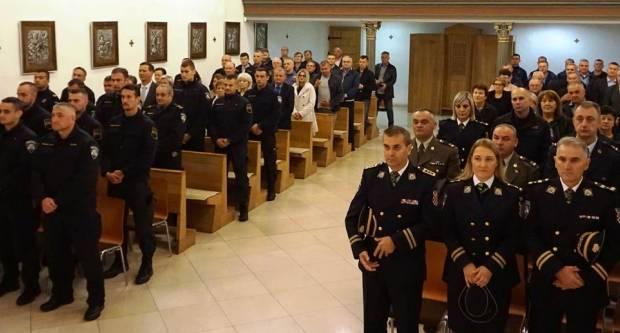 Sveta misa u crkvi sv. Lovre povodom blagdana sv. Mihaela Arkanđela – nebeskog zaštitnika policijskih djelatnika