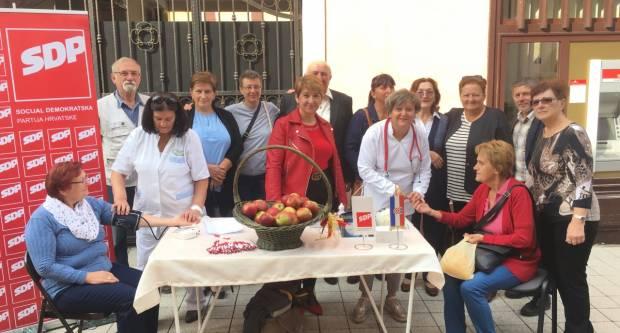 SDP PSŽ obilježio Međunarodni dan starijih osoba akcijom mjerenja tlaka i šećera za starije osobe u Požegi
