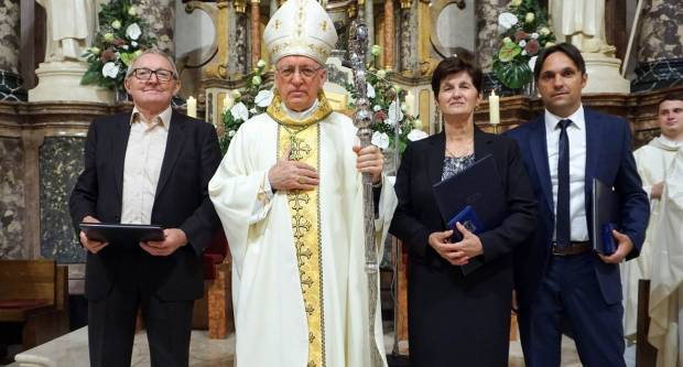 Obljetnica uspostave Požeške biskupije i ređenja njezina prvog biskupa uz dodjelu biskupijske medalje s Poveljom zahvalnosti