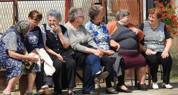 Hrvatska polako postaje siromašna i tužna zemlja starih ljudi