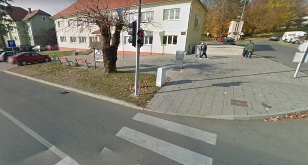 Pješak prošao kroz crveno na semaforu, vrijeđao policajce i napuhao 2,76 promila alkohola