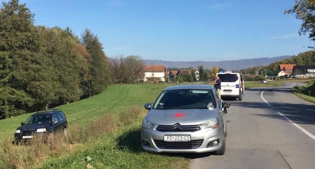 AUTOM NA LIVADU: Prometna nesreća između Požege i Mihaljevaca
