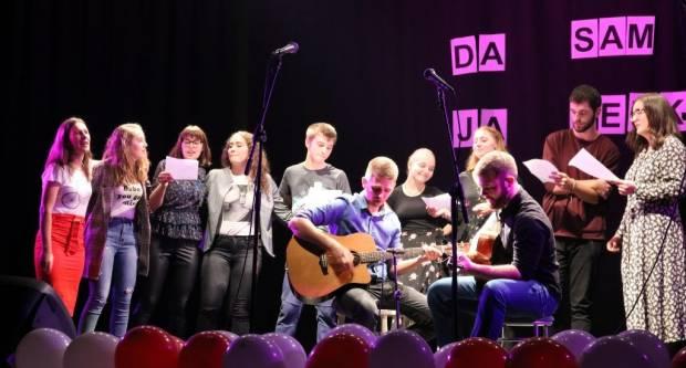 Mladi ʺKPDʺ Sloga: Pjesmom i srcem za Doru