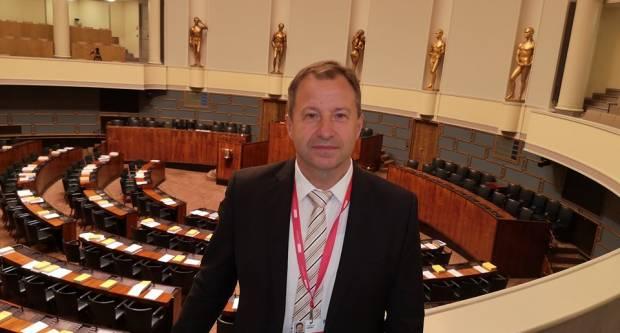 Je li to Slavonac iznajmio finski Parlament?!