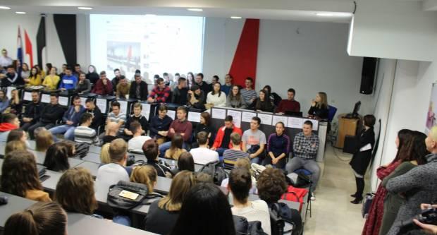Danas se u Gimnaziji u Požegi održava 20. Susret studenata i maturanata