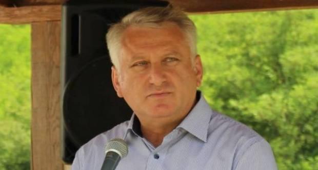 Najsiromašniji saborski zastupnik F. Lucić državi duguje 400.000 kuna, a smiješi mu se i zastara