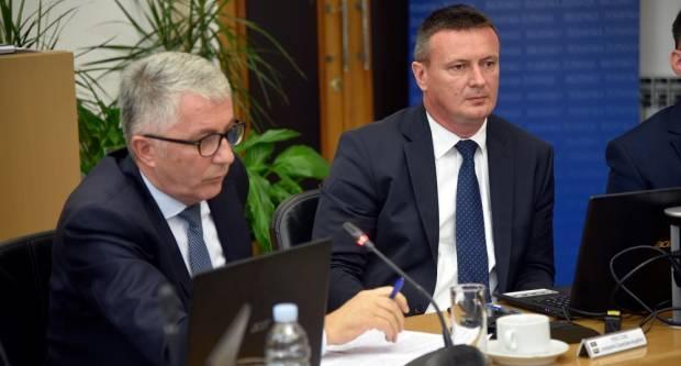 Traži se od Predsjednice RH, Vlade RH i Ministarstva obrane maksimalan angažman u pronalaženju potencijalnih partnera u drugim državama