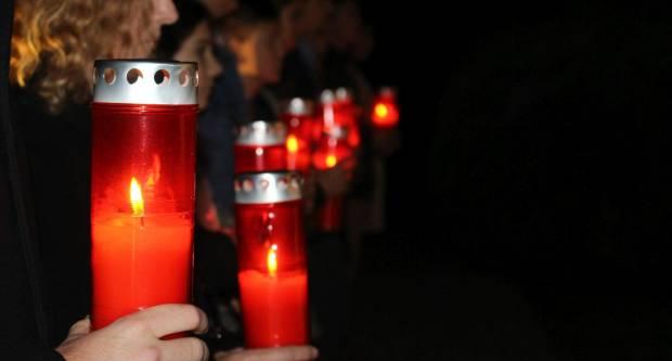 Paljenje lampiona u znak sjećanja na žrtvu Vukovara u Pleternici