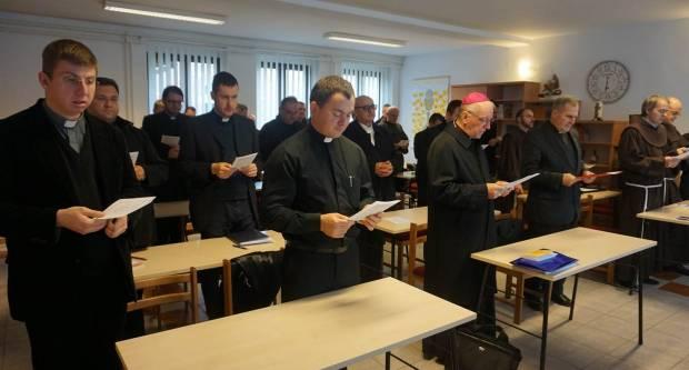 Susret trajne formacije svećenika Slavonkso-podravskog arhiđakonata