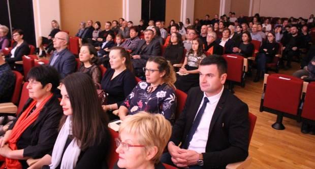 Održan koncert povodom 10. obljetnice osnutka i rada Zavoda za znanstveni i umjetnički rad HAZU u Požegi