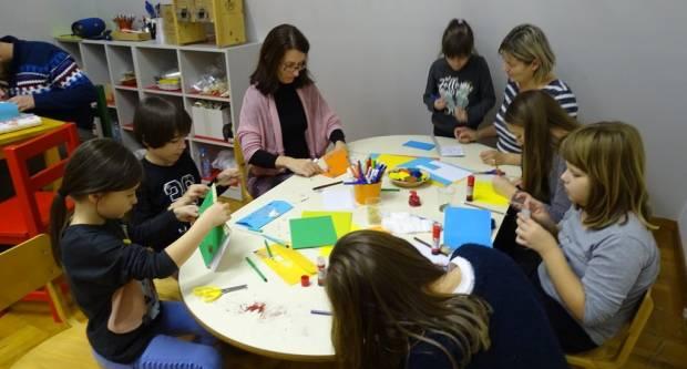 """Održana radionica """"Božićna pošta"""" u Muzeju grada Pakraca"""