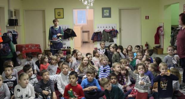 Grad i ove godine darivao polaznike gradskih dječjih vrtića povodom blagdana Svetog Nikole