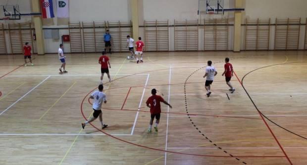 Požeška ekipa Fitness klub Play otvara sedamnaesti Božićni malonogometni turnir u Lipik