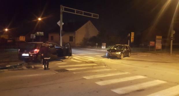 """Opet prometna nesreća u Požegi na križanju Frankopanske i Radićeve kod """"Calimera"""""""