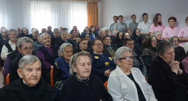 Biskup održao misu u Domu za starije i nemoćne u Velikoj