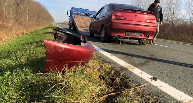 Izgubio kontrolu nad automobilom i sletio u putni kanal nedaleko Ratkovice