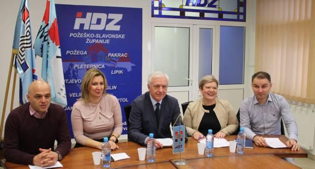 Predsjedništvo ŽO HDZ-a: ʺNaša, sadašnja i , uvjereni smo, buduća predsjednica Republike Hrvatske je Kolinda Grabar Kitarović, a pročitajte i zaštoʺ
