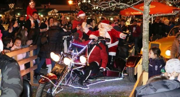 Održan tradicionalni Božićni sajam u Pakracu