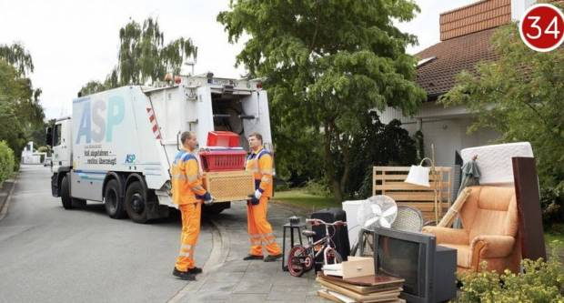 Božić na požeški način: Komunalac skuplja smeće i na Božić